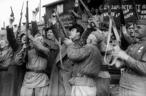 С 9 Мая, Днем Победы !!!
